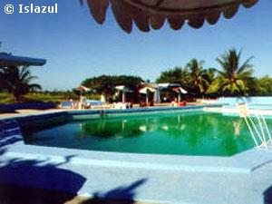 Bayamo Villa. Swimming pool